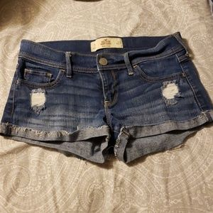 Hollister Distressed Short Short Low Rise Size 5